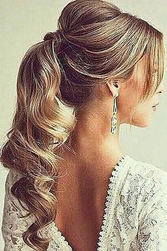 18 Chic Wedding Hairstyles With Bangs ❤ See more: http://www.weddingforward.com/wedding-hairstyles-with-bangs/ #weddings #hairstyles
