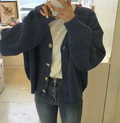 - Winter Outfits,Winter is the coldest season beginning from December to February in the northern side of the equator and in the southern half of the globe from June t. Winter Fashion Outfits, Look Fashion, Korean Fashion, Fall Outfits, Fashion Fall, Fashion Quiz, Fashion Mode, 80s Fashion, Fashion 2020