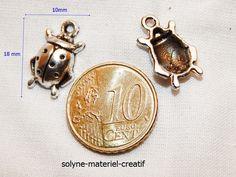 Marienkäfer hängender Charme des 18 x 10 mm von Solyne materiel Creatif auf DaWanda.com