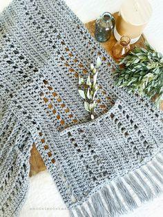 Crochet Afgans, Crochet Wool, Crochet Cross, Crochet Stitches, Crochet Shawls And Wraps, Crochet Scarves, Crochet Clothes, Crochet Wrap Pattern, Crochet Patterns