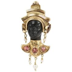 Preowned 1960s Ebony Pearl Pink Tourmaline Gold Blackamoor Brooch ($4,188) ❤ liked on Polyvore featuring jewelry, brooches, pink, pearl jewelry, yellow gold jewelry, preowned jewelry, gold brooch and 18 karat gold jewelry