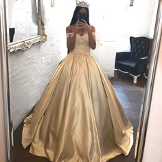 Ball Gowns Prom Dresses Satin,Off the Shoulder Appliqued Quinceanera Dresses Sweep Train