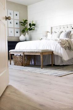 Our New Modern Oak Floors from /genuinepergo/ floors are a dream! They have completely transformed our modern farmhouse bedroom space and I am in LOVE! (ad)