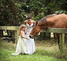 Feeding the Horse at Wedding  (Garry Walls Photography & DJ)