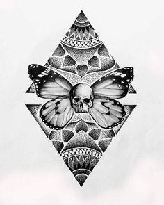 The photo- Фотография The photo - Butterfly Mandala Tattoo, Dotwork Tattoo Mandala, Geometric Mandala Tattoo, Mandala Tattoo Design, Mandala Drawing, Tatto Skull, Skull Art, Body Art Tattoos, Tattoo Drawings