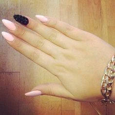 #claws pink & black accent