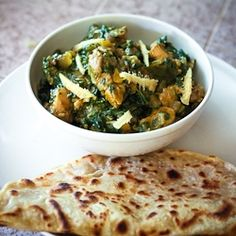 Palak Chicken - a delicious Indian curry.