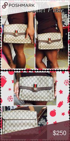 Gucci Shoulder Purse Vintage Gucci Shoulder Purse can be worn also as a cross body purse. Gucci Bags Shoulder Bags