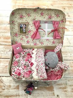 Doll Crafts, Sewing Crafts, Sewing Projects, Craft Projects, Tree Crafts, Diy And Crafts, Crafts For Kids, Fabric Toys, Decoupage Paper