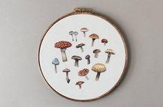 Assortierte Wild Mushroom Hoop Kunst 8 gestickt von EmillieFerris