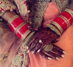 Bridal chura is one of the most important solah shringaar that the bride dons on her big day. Here are the most beautiful bridal chura designs for you.