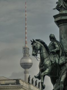 Berlin - juxtaposition