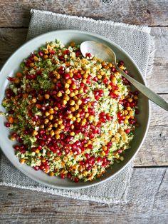Brokkoli- og blomkålsalat Cooking Recipes, Healthy Recipes, Food Cravings, Tapas, Side Dishes, Food And Drink, Veggies, Vegetarian, Nutrition