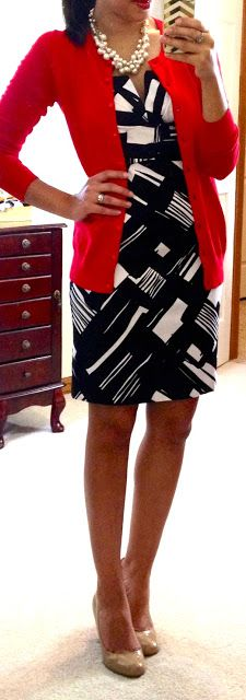 abstract black & white print dress, nude pumps and a red cardigan for a pop of color! #hellogorgeousblog #officechic #workoutfit