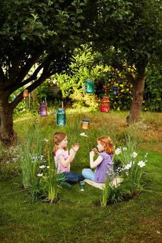 Grow a secret fairy ring in a hidden spot at the bottom of the yard. You never know, you might attract some fairies! A circle of ornamental grasses, along with delicate, sweet-smelling flowers, looks magical and makes a great place to play or have a picnic. Don't forget treats for the fairies!