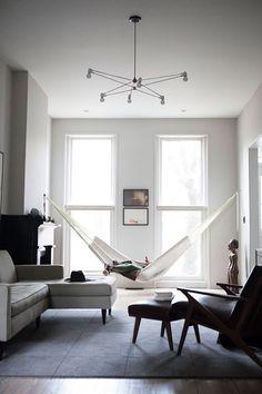 Rede de descanso na sala de estar