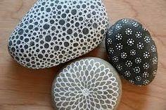 Crafts: Stone Painting - Design and Decoration - El Sanatları: Taş Boyama - Pebble Painting, Dot Painting, Pebble Art, Stone Painting, Stone Crafts, Rock Crafts, Arts And Crafts, Art Pierre, Rock And Pebbles