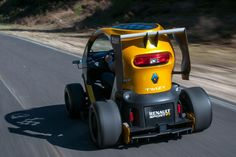 Renault Twizy F1 rear action 2