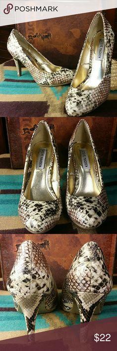 "Steve Madden Snake Print Pretty Snake Print pump, high heel with gold shimmer.  3.5"" heel. Steve Madden Shoes Heels"