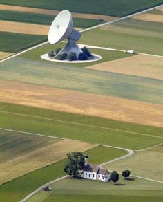In the countryside around Raisting in Bayern, Southern Germany, there are some very large parabolic antennas, used to keep contact to several satellites and to the International Space Station (ISS). One Word Art, R Dogs, Picture Day, Rural Area, Photos Of The Week, Aerial Photography, Baseball Field, Merida, Screen Shot