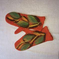 Купить Валяные варежки - рыжий, орнамент, валяные варежки, теплые варежки, варежки из войлока