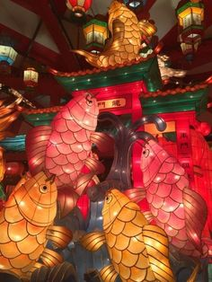 Nagasaki City Japan Chinese New Year & Lanterns & Lights Festival with Lanterna & Lights during 15 days at Lunar Year, includes many colorful Fish Lanterns. Fish Lanterns, Chinese Lanterns, Chinese Lights, Paper Lanterns, Chinese Lantern Festival, Japanese Festival, Chinese Festival, Vaporwave, China