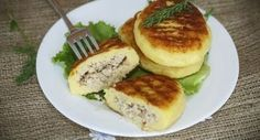 750 grammes vous propose cette recette de cuisine : Croquettes de pommes de terre farcies au poulet. Recette notée 3.8/5 par 39 votants