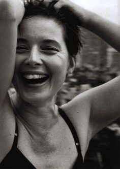 Isabella Rossellini R (my note: believe portrait is by Demarchelier)