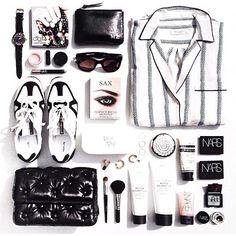 http://stylecaster.com/fashion-flat-lay-photos-instagram/?utm_campaign=socialflow