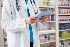El sueldo de un auxiliar de farmacia puede ascender a más de 1.000 euros mensuales. Entra en nuestro post y descubre cuánto pueden llegar a ganar.