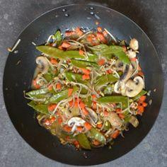 Babi pangang maken – WECKENonline.eu Wok, Food And Drink, Low Carb, Yummy Food, Meat, Chicken, Healthy, Ethnic Recipes, Mushroom