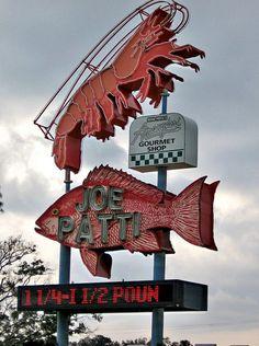 Joe Patti seafood: vintage neon sign, Pensacola, Florida via flickr