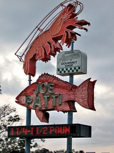 Joe Patti seafood: vintage neon sign, Pensacola, Florida via flickr
