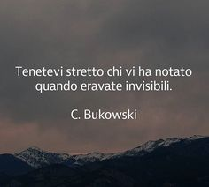 Tenetevi stretto chi Writing Quotes, Poetry Quotes, Meaningful Quotes, Inspirational Quotes, Quotes To Live By, Me Quotes, Quote Citation, Something To Remember, Single Words