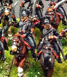Prussian Leib Hussars (close up) - Napoleonics in Miniature (Paul Provan) Waterloo 1815, 28mm Miniatures, War Image, Military Diorama, Napoleonic Wars, Reference Images, Toy Soldiers, Miniture Things, Troops