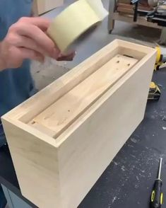 Woodworking Projects That Sell, Woodworking Guide, Custom Woodworking, Fine Woodworking, Woodworking Techniques, Cool Paper Crafts, Wood Crafts, Wood Burned Signs, Wood Working For Beginners