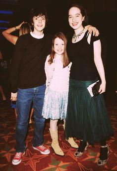 Narnia Book Series, Chronicles Of Narnia Books, Narnia Cast, Narnia 3, Siblings Goals, Georgie Henley, Wardrobe Doors, Actors & Actresses, Queens