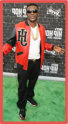 Lil Boosie net worth has its ups and downs. The Louisiana born rapper has a lot of trouble to fix his fortune comes back clean. Lil Boosie, Boosie Badazz, Bad Azz, How To Get Rich, Celebs, Celebrities, Net Worth, Statistics, Rapper