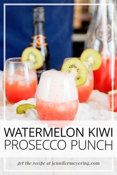 Watermelon Kiwi Prosecco Punch - Switch your regular mimosa for this watermelon kiwi mimosa with fresh watermelon and kiwi and kicked up with a little watermelon vodka. Easy Drink Recipes, Best Cocktail Recipes, Top Recipes, Light Recipes, Cooking Recipes, Prosecco Punch, Fun Cocktails, Drinks, Watermelon Vodka