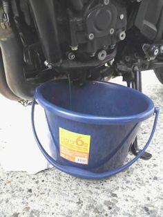 [FZ1 FAZER] 冷却水交換・プラグ清掃