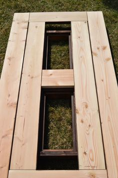 Build a DIY patio table with a drink cooler and matching benches. The built-in ice boxes are covered when not in use, making a perfect picnic table for outdoor dining. Diy Grill, Outdoor Dining, Outdoor Tables, Outdoor Decor, Patio Tables, Picnic Tables, Outdoor Projects, Patio Cooler, Gardens
