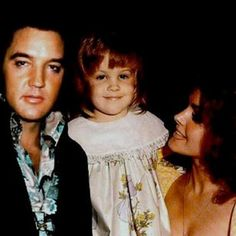 ♡♥Lisa Marie with her parents♥♡