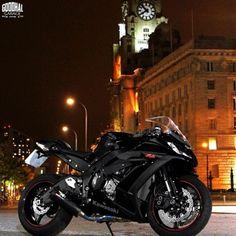 Dark Beauty http://goodhal.blogspot.com/2013/04/nice-bike-018.html #Kawasaki #Motorcycle #Ninja