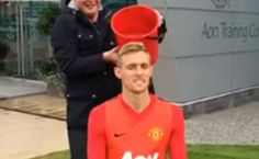 Darren Fletcher Takes On The Ice Bucket Challenge