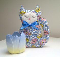Lavender VENDA Decoração Gato Azul 1930 Estilo da flor da margarida Tecido
