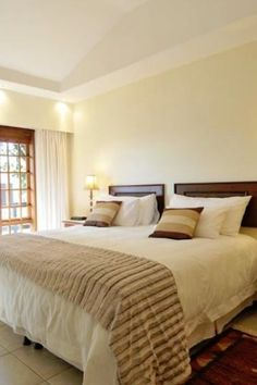 View Dolliwarie Guest House and all our other Accommodation listings in Cape Town. Cape Town, Bed And Breakfast, Wifi, Bedrooms, David, Sun, House, Furniture, Home Decor