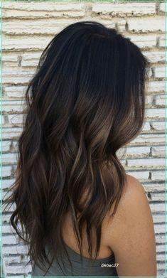 Brown Hair Balayage, Brown Blonde Hair, Brown Hair With Highlights, Hair Color Balayage, Dark Balayage, Caramel Balayage, Caramel Highlights, Subtle Balayage Brunette, Hair Colors