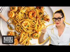 Marion's Kitchen is packed with simple and delicious Asian recipes and food ideas. Marion's Kitchen is packed with simple and delicious Asian recipes and food ideas. Spicy Garlic Shrimp, Spicy Prawns, Garlic Prawns, Garlic Noodles, Prawn Spaghetti, Asian Spaghetti, Kitchen Recipes, Cooking Recipes, Shrimp Recipes