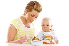 Elenco degli alimenti e dell'età giusta per inserirli nell'alimentazione dei più piccoli