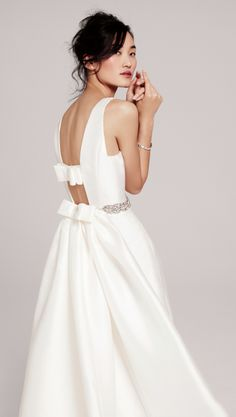 Two by Rosa Clara 'Delicia' gown with back cutouts and bow details